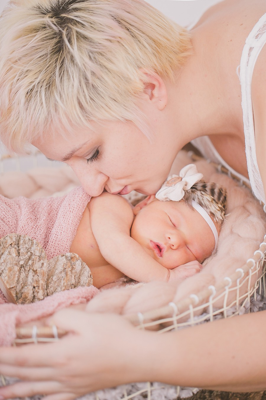 Neugeborenenfotografie -Dingolfing-Landau- mit-Fotografin-Simone-Bauer