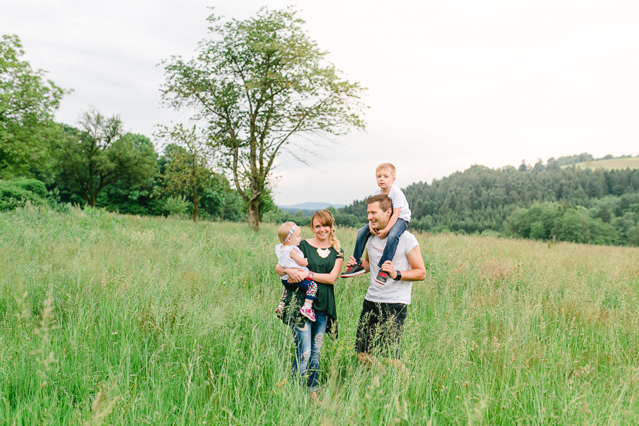 Familien-Lifestyle-Shooting-in-Niederbayern