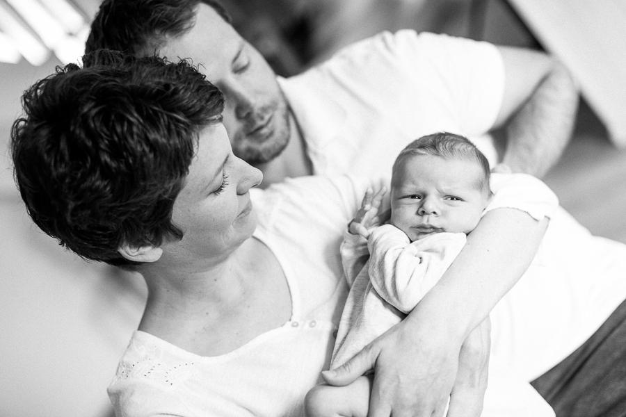 Fotografie-Hauzenberg-Fürstenzell-Neugeborenen-Familien-Fotos-Simone-Bauer