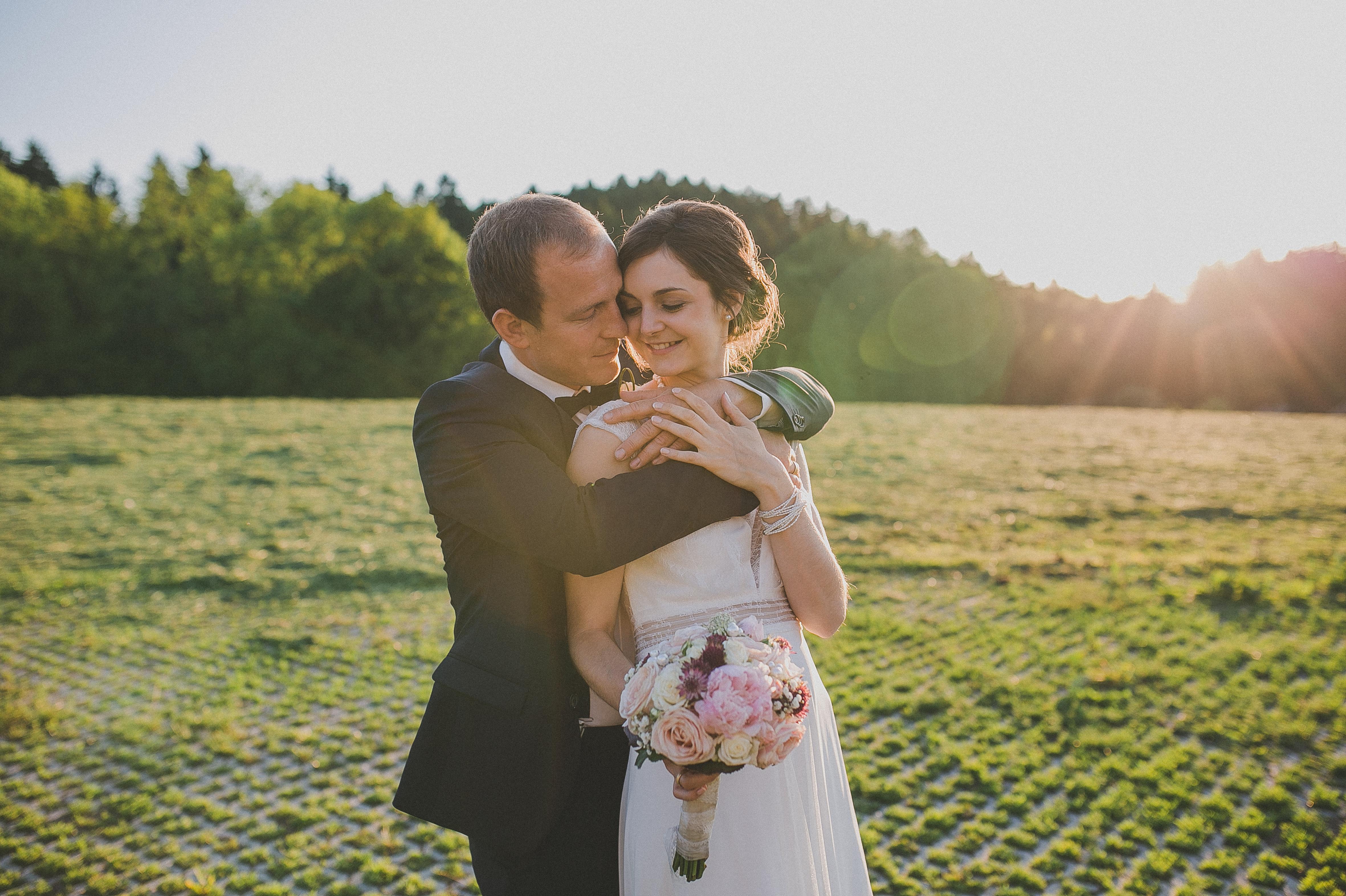 Sonnenuntergang-Hochzeit-Vintage-Bauernhochzeit-Solla(3)-Hochzeitsfotografin-Simone-Bauer-Photography